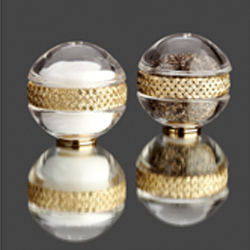 CRYSTAL S&P SHAKERS - GOLD PLATED BRAID photo